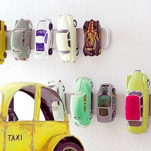 autootjes aan magneetstrip