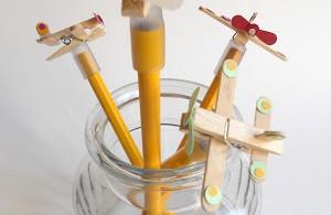 vliegtuigje op potlood